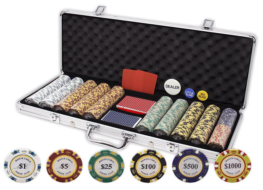 A very goo poker set